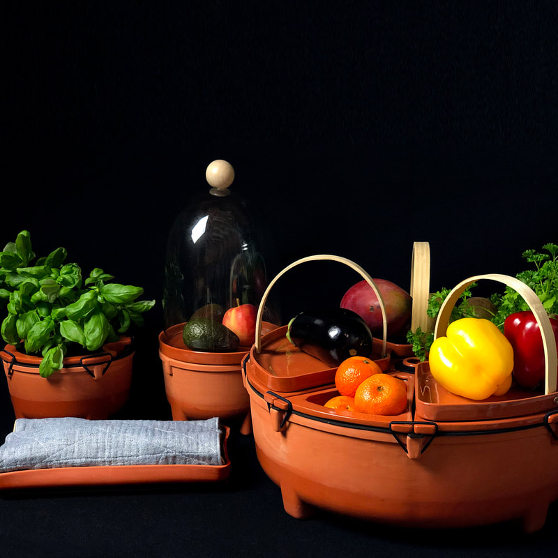 Poma/Olera / series of storage vessels for fruits and vegetables | Design & photograph by House of Thol